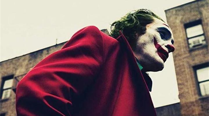 """10亿美元的《小丑》刷新票房纪录背后, 他要做德化陶瓷的""""超级英雄"""""""